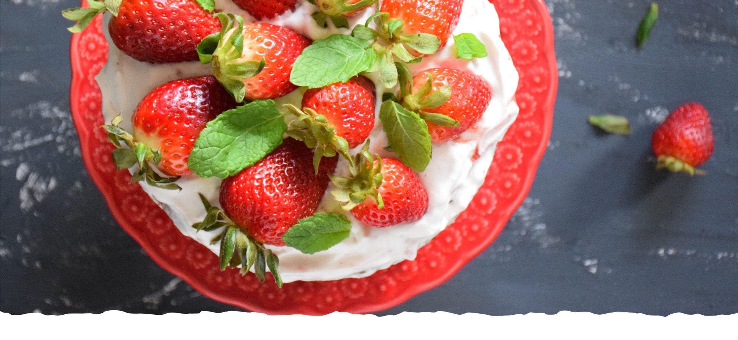 Hazelnut and Lemon Cake with Strawberries