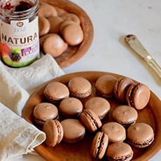 Chocolate Macarons with Wild Berries Jam Jugais
