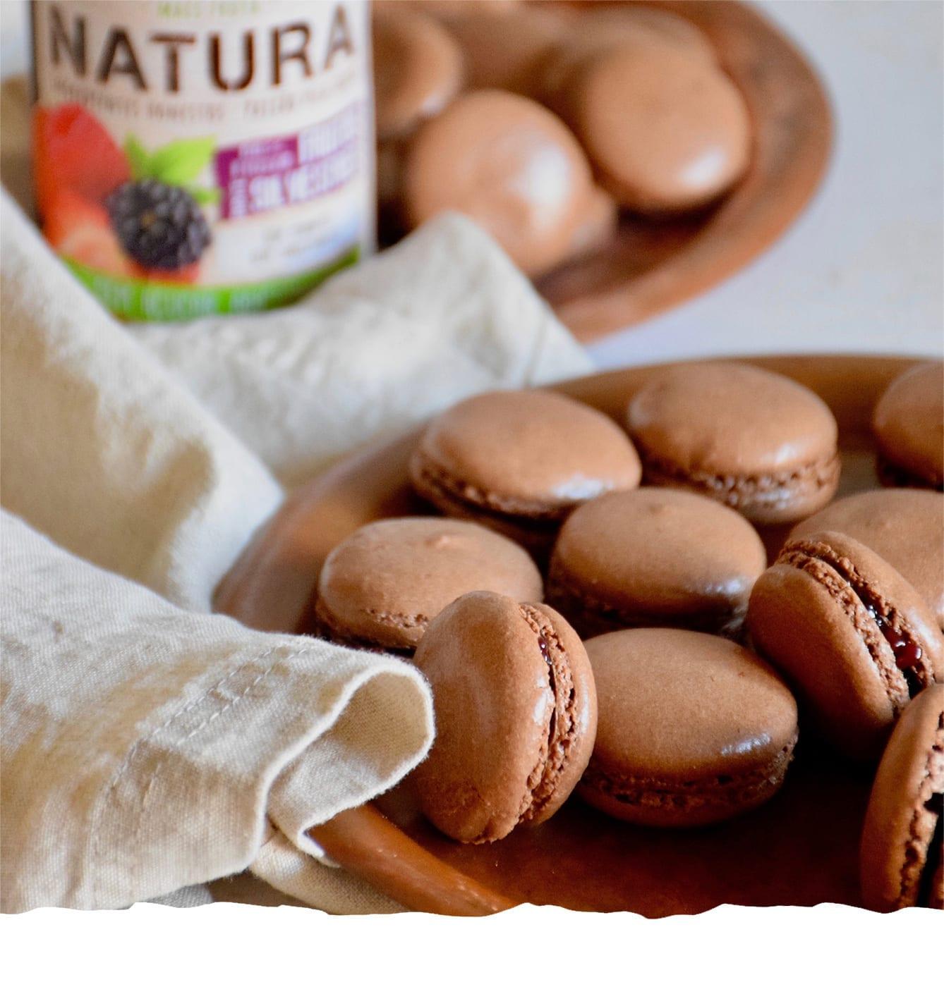 Macarons de Chocolate com Doce de Frutos Silvestres Mobile