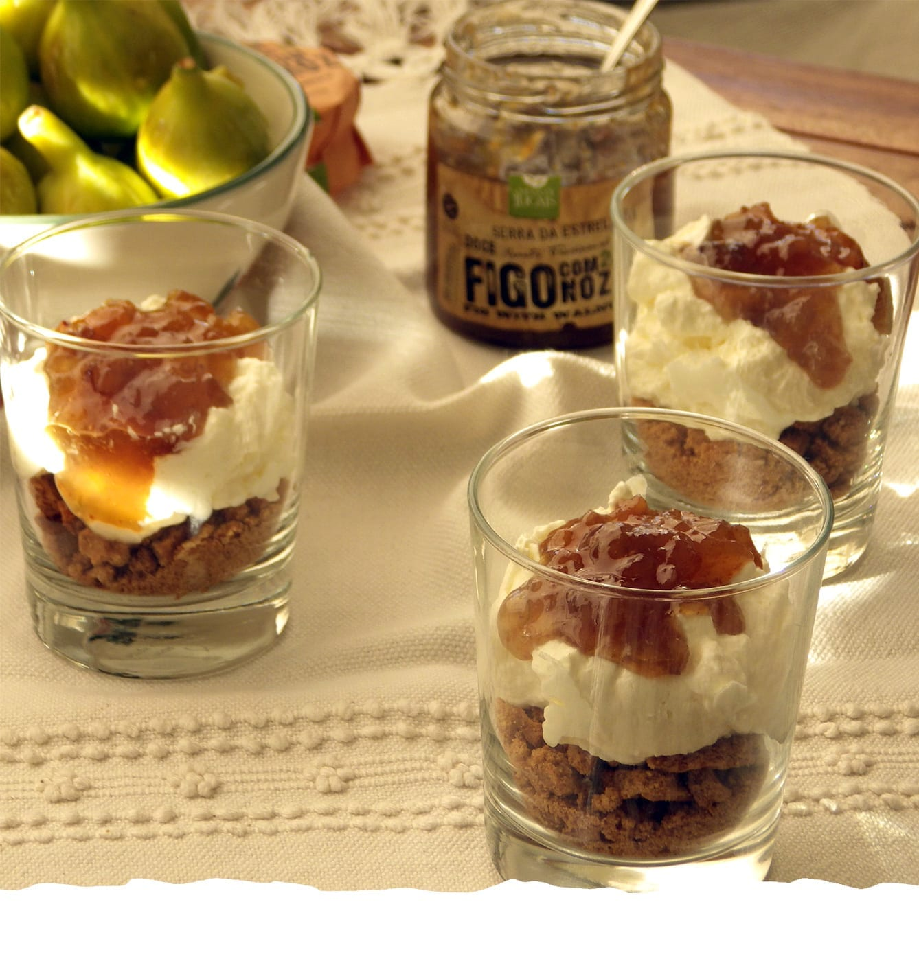 Dessert of Mascarpone and Fig with Walnuts Jam Mobile