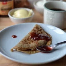 Pancakes with Teff Flour and Strawberry Jam Jugais