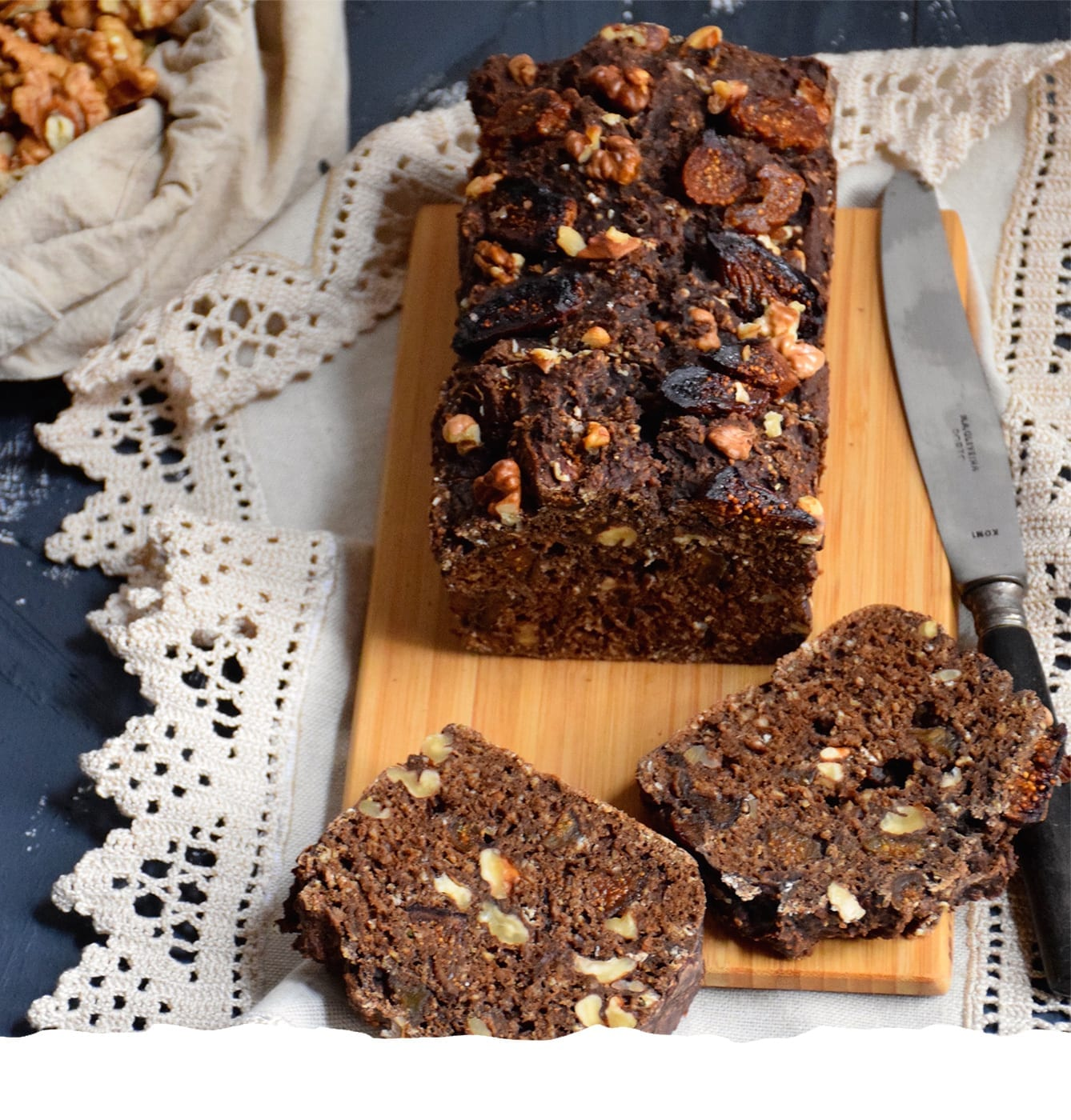 Carob Bread with Fig and Walnuts Mobile