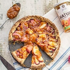 Pie with Natura Peach Jam Jugais